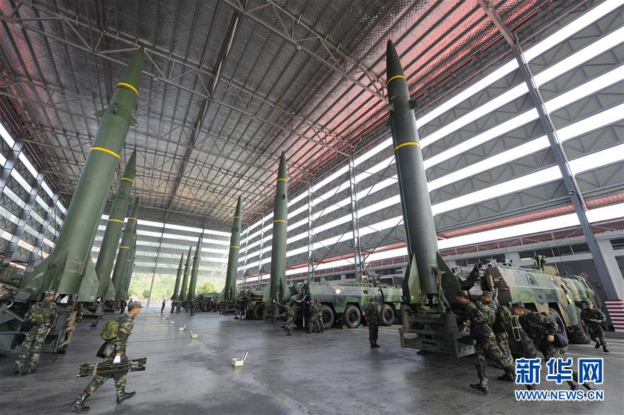 """(图文互动)(1)永远冲锋的""""导弹发射先锋营""""——记阔步强军征途的火箭军某旅发射一营"""