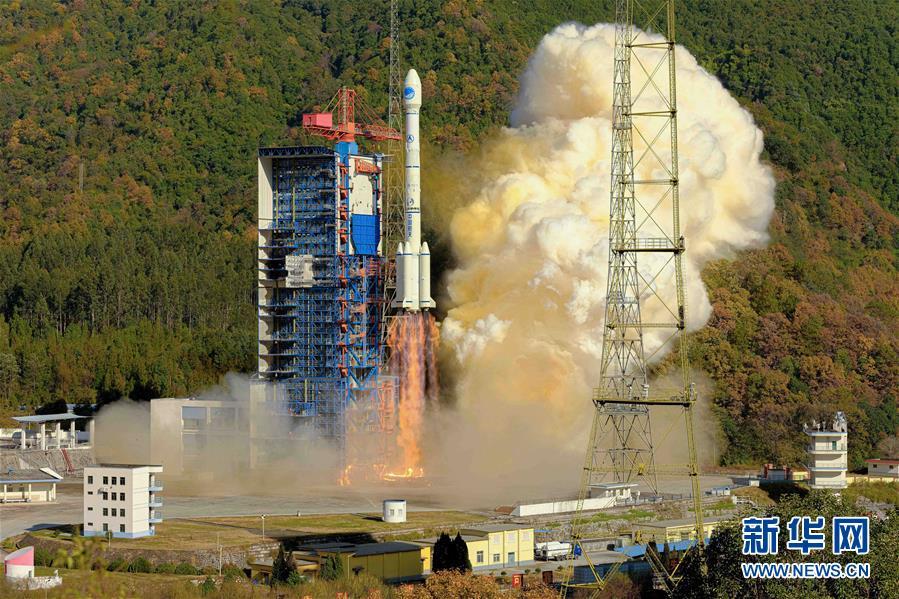 一箭双星发射成功 北斗三号系统核心星座部署完成