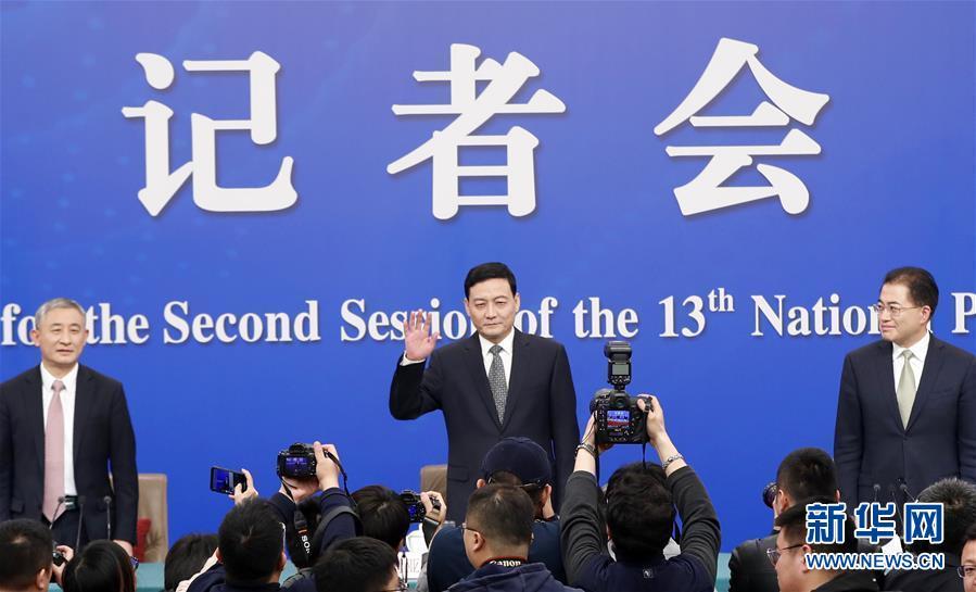 """(兩會·XHDW)(1)國資委主任肖亞慶等就""""國有企業改革發展""""答記者問"""