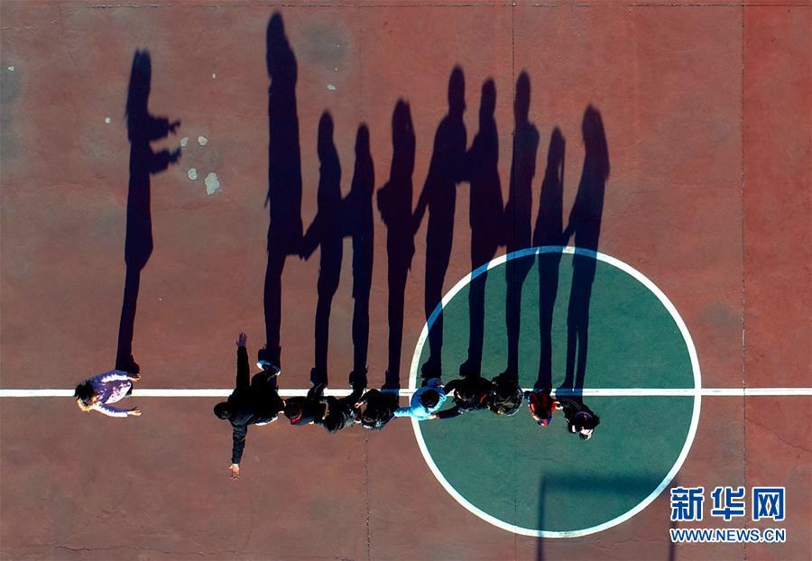 """(新华全媒头条·图文互动)(7)太行新愚公""""搬穷""""记——冀南后池村脱贫故事"""