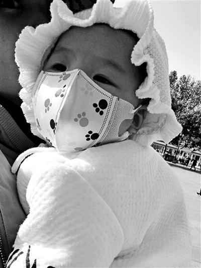 """婴儿口罩五花八门 市场上""""宝宝专属""""的婴儿口罩 真的靠谱吗?"""