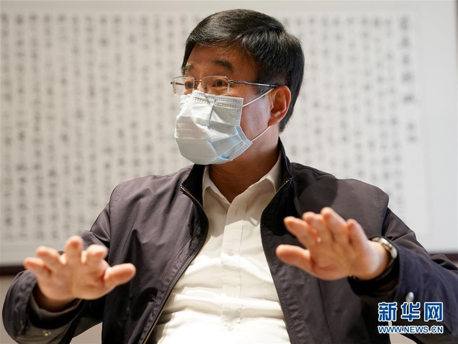 (新华全媒头条·图文互动)(3)关键时期的关键之举——中国工程院副院长、呼吸与危重症医学专家王辰回应武汉疫情防控焦点问题