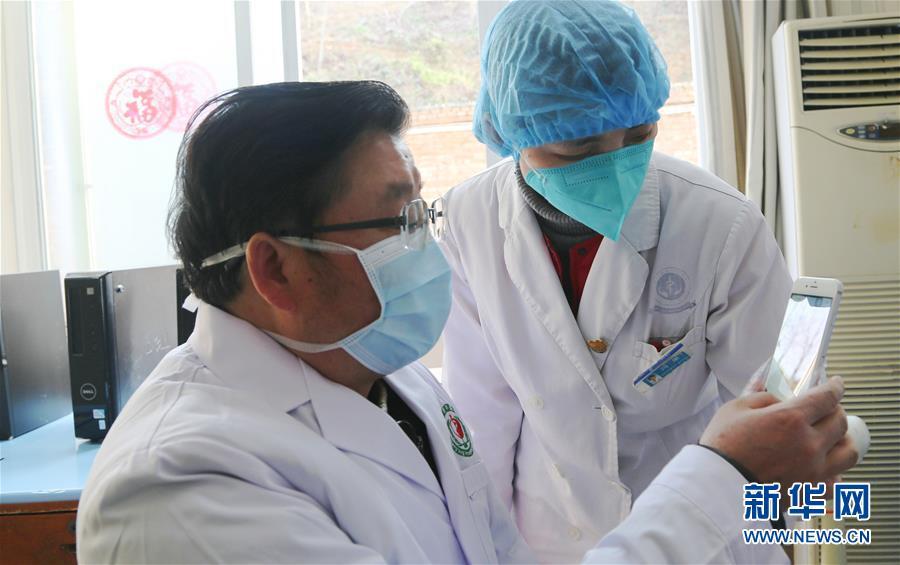 (聚焦疫情防控·图文互动)(1)参与救治新冠肺炎确诊病例超八成——中医药在抗击疫情中贡献力量