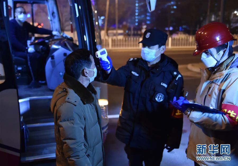 (聚焦疫情防控·圖文互動)(8)外防輸入、內防擴散、精準復工復産——北京全力打好疫情阻擊戰