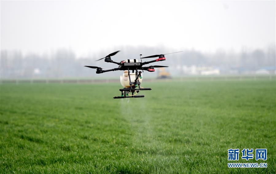 (在习近平新时代中国特色社会主义思想指引下——新时代新作为新篇章·习近平总书记关切事·图文互动)(1)为农田注入硬核生产力——一些地方春耕中农业科技创新扫描