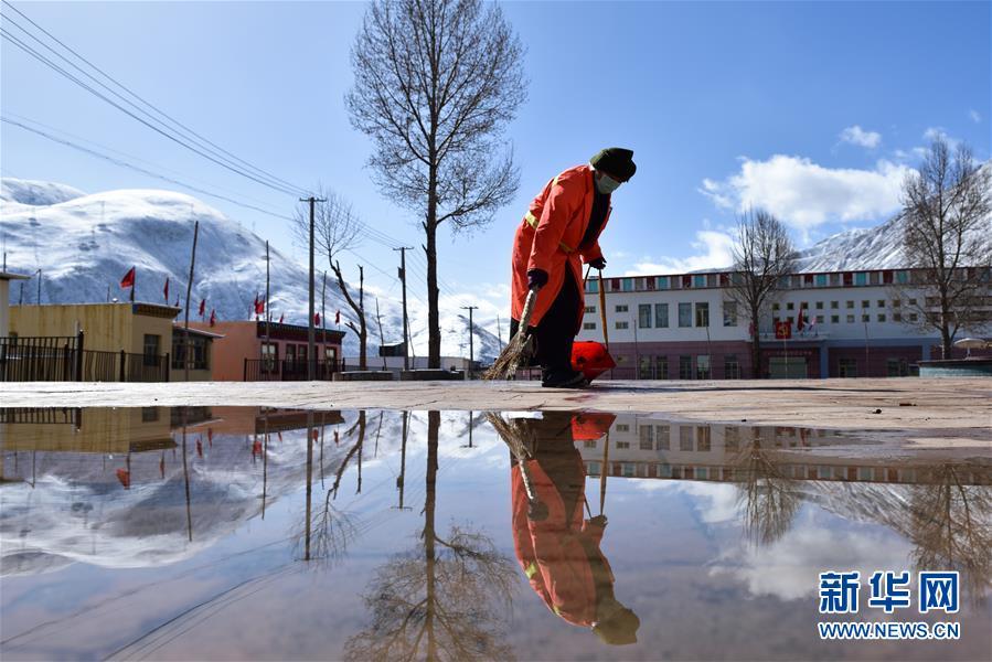 (新華全媒頭條·圖文互動)(4)三江之源見證中國奇跡——寫在玉樹地震10周年之際