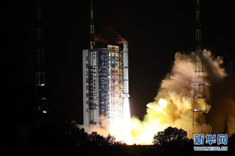 (图文互动)(2)我国成功发射海洋一号D卫星