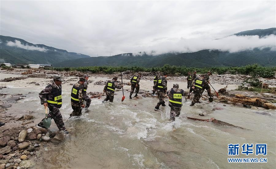 (新華全媒頭條·圖文互動)(2)把確保人民生命安全放在第一位——聚焦當前我國防汛救災工作