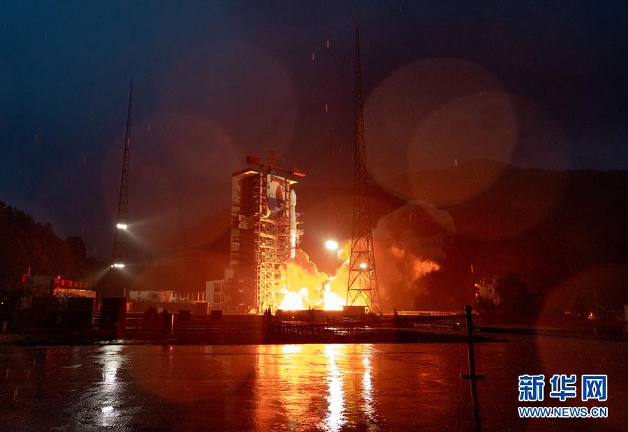 亚太6D通信卫星刷新国内同类通信卫星多项纪录