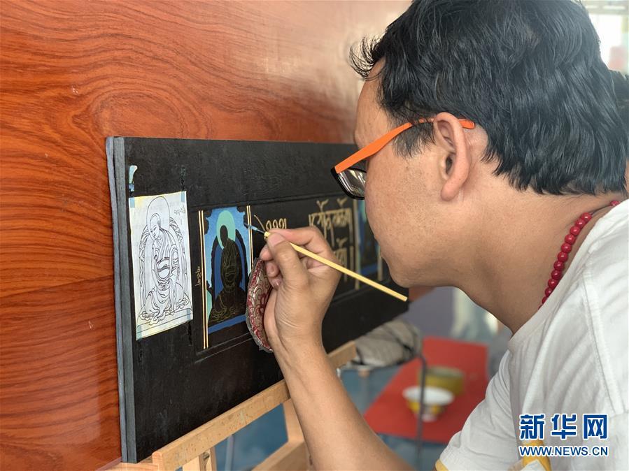 (图文互动)(3)绿水青山筑起脱贫致富路——走访青海藏区看变化