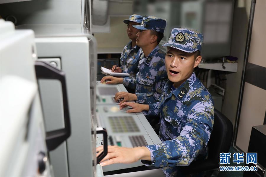 """(在习近平强军思想指引下·我们在战位报告·图文互动)(3)锻造共和国""""水下盾牌""""——北部战区海军某潜艇部队备战打仗记事"""