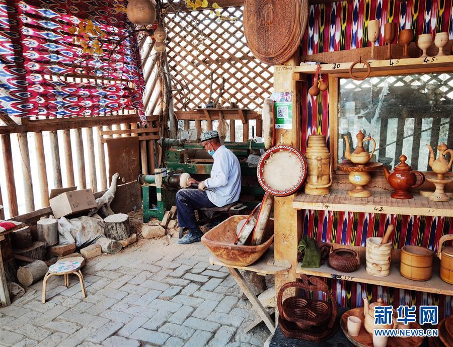 (图文互动)(1)新疆:刀郎文化在旅游开发中获新生