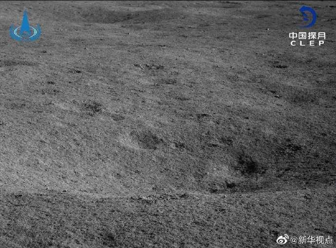 """嫦娥四号着陆器和""""玉兔二号""""月球车自主唤醒 进入第22月昼工作期"""