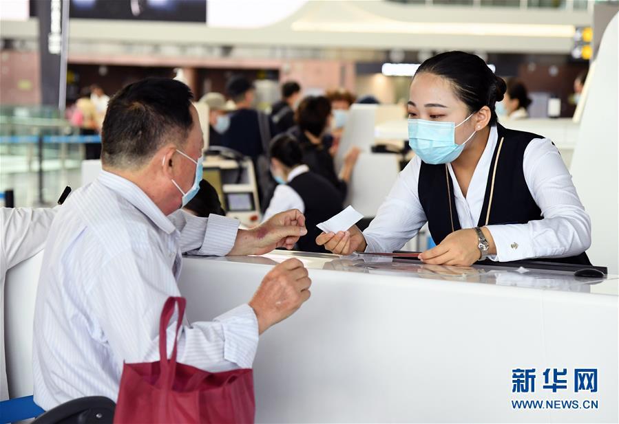 (社会)(6)北京大兴国际机场旅客吞吐量首破1000万人次