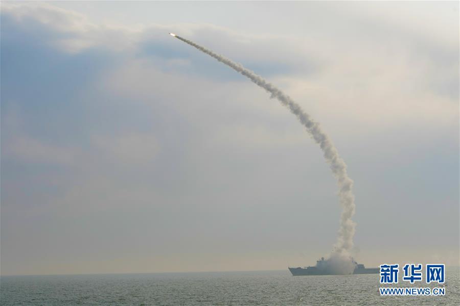 (图文互动)(5)一份勇敢者的事业——海军毕昇舰投身新武器装备试验记事