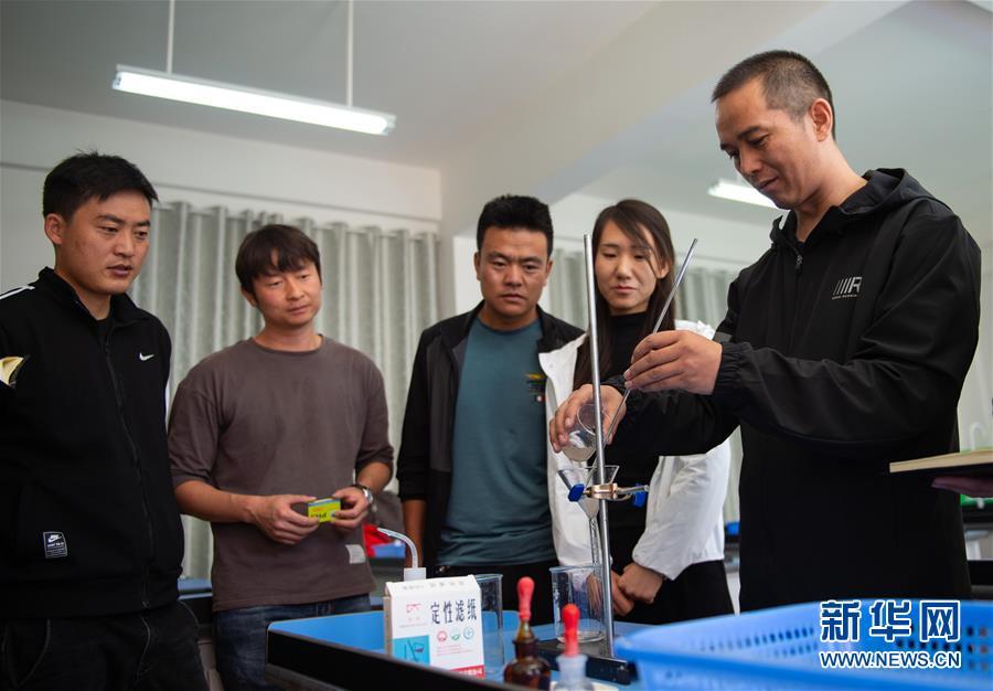 (新华全媒头条·图文互动)(8)在脱贫攻坚一线打一场首善标准的硬仗——北京东西部扶贫协作纪实
