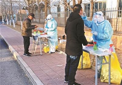 北京:乘客拒不戴口罩 出租車司機可拒載