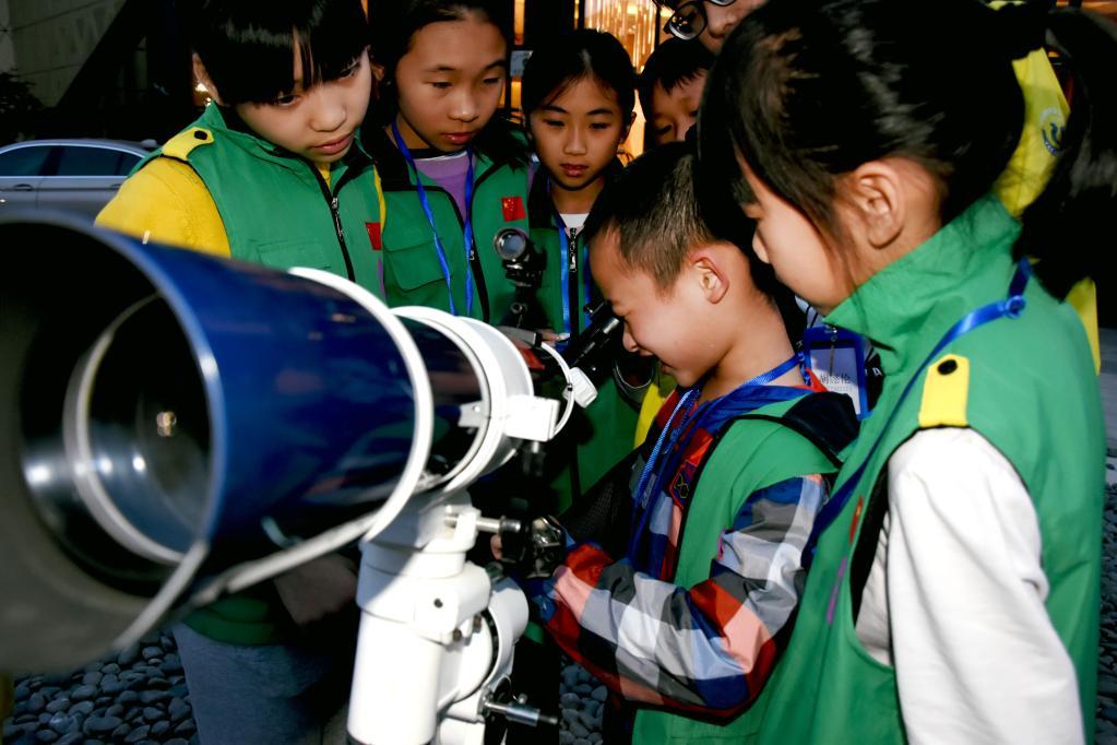 """贵州平塘:世界级天文小镇,邀你一起来""""摘星"""""""