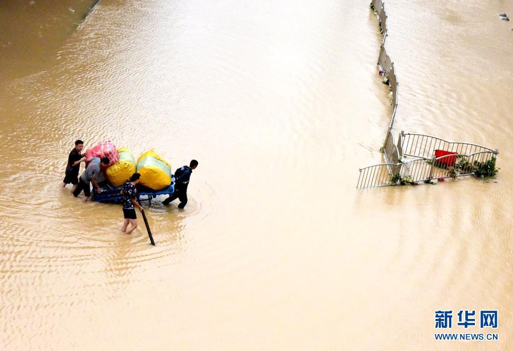 生命至上!河南抗击历史罕见强降雨纪实