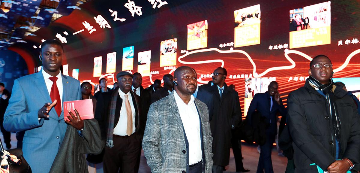 中国,未来可期——非洲使团参观庆祝改革开放40周年大型展览