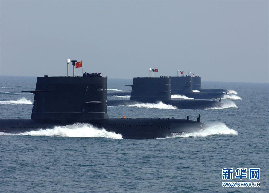 向海图强春潮涌――党中央、中央军委和习主席关心人民海军建设发展纪实