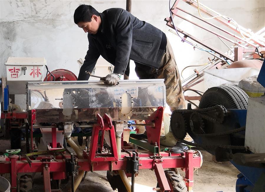 (在習近平新時代中國特色社會主義思想指引下——新時代新作為新篇章·習近平總書記關切事·圖文互動)(3)為農田注入硬核生産力——一些地方春耕中農業科技創新掃描