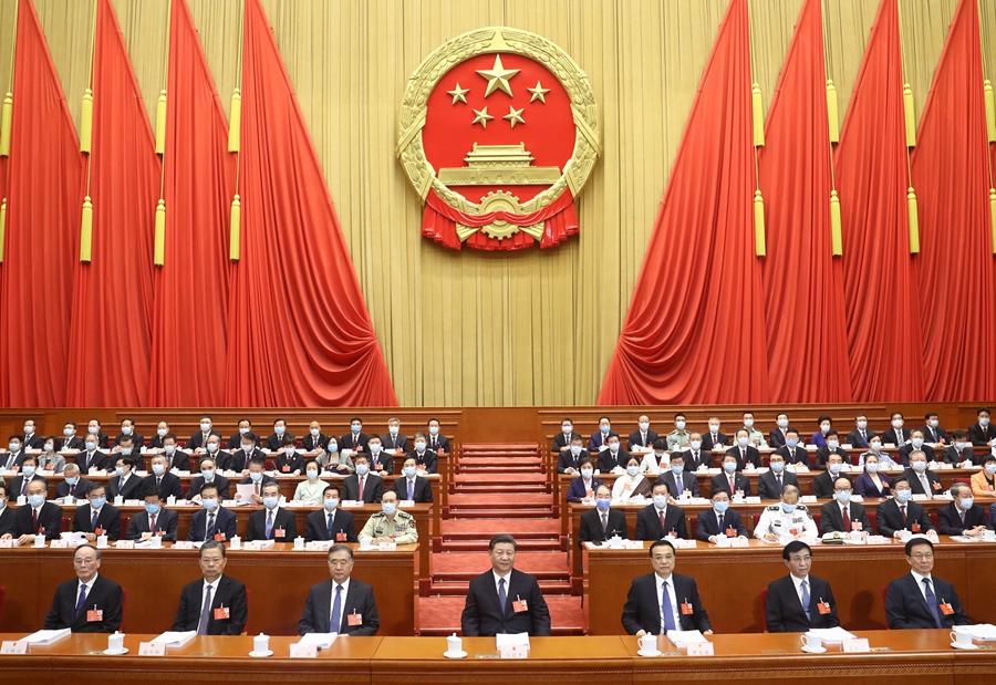 党和国家领导人习近平、李克强等出席大会