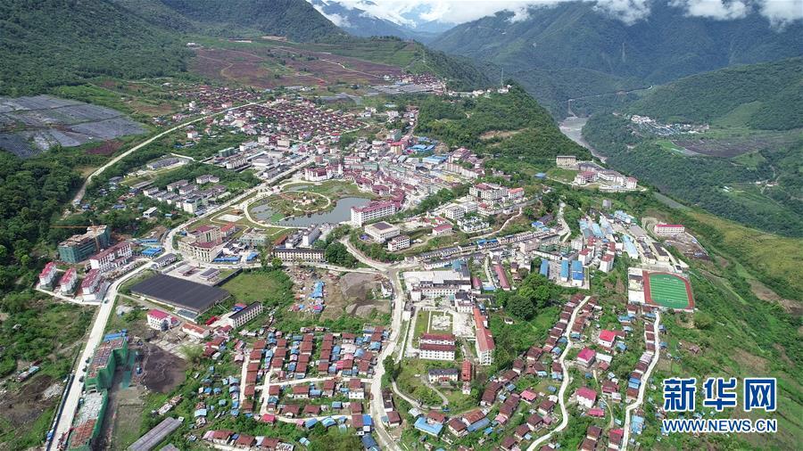 (新华全媒头条・图文互动)(9)阔步走在新时代康庄大道上――以习近平同志为核心的党中央关心西藏工作纪实