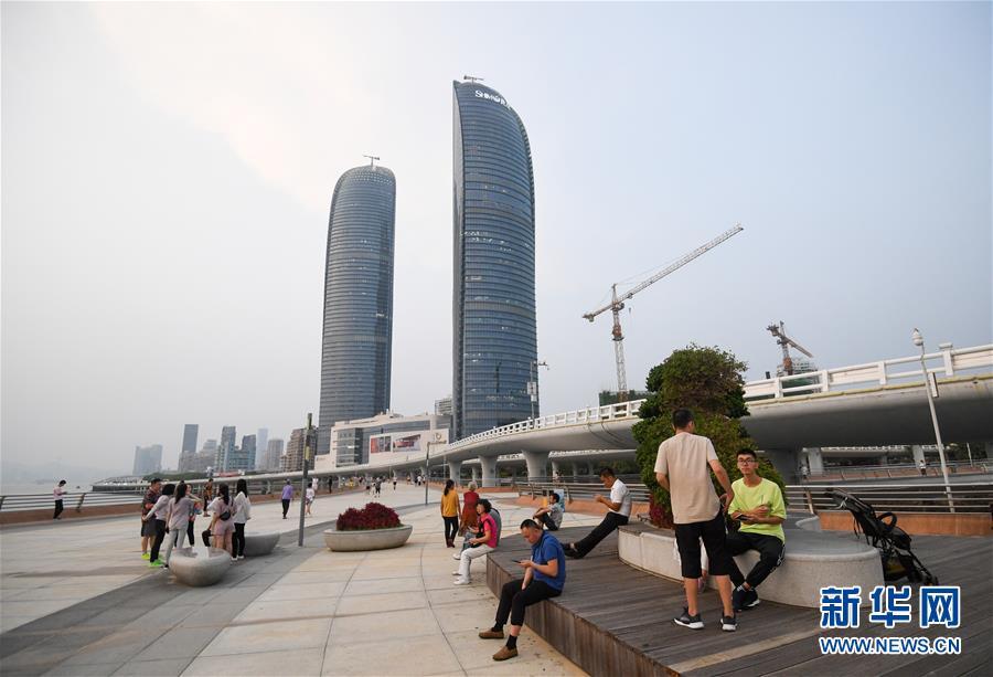 (新华全媒头条·图文互动)(8)创造新时代中国特色社会主义的更大奇迹——以习近平同志为核心的党中央关心经济特区发展纪实