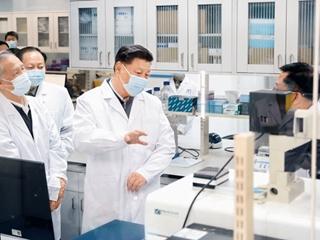 習近平:為打贏疫情防控阻擊戰提供強大科技支撐