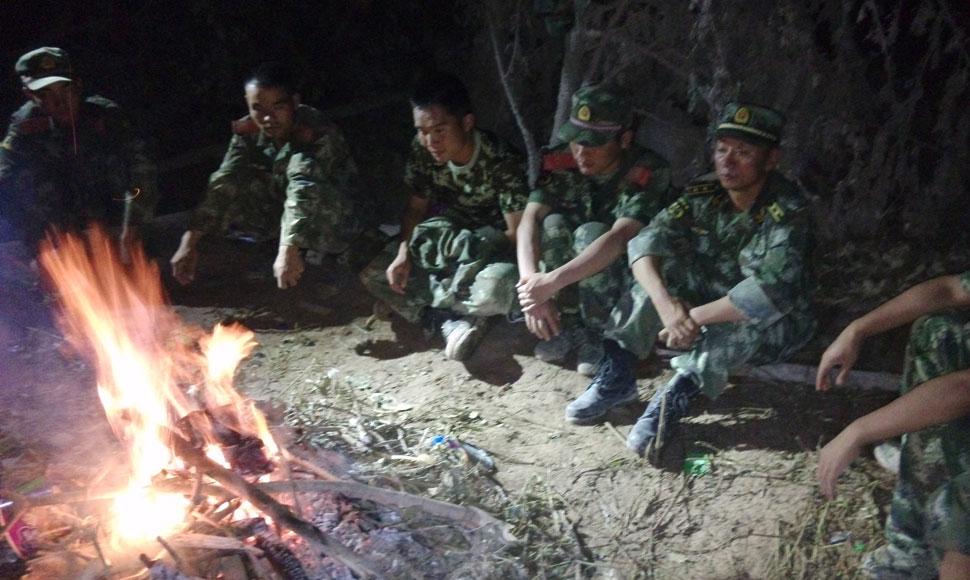 31名武警官兵牛欄江堰塞湖邊歷險記