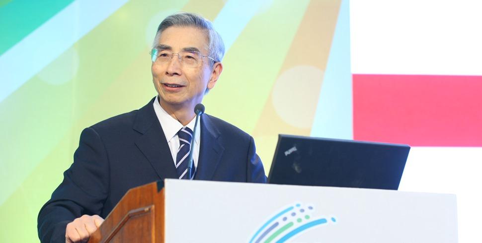 倪光南院士在智能終端操作係統産業聯盟會議上發言