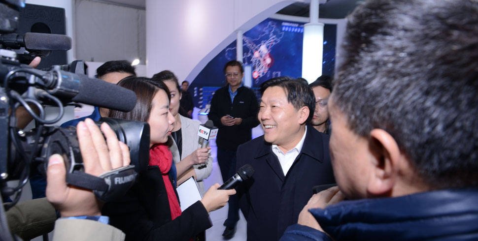 魯煒部長與媒體記者交流