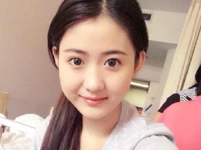 """""""最美癌症女孩""""離世 曾上中國夢想秀為父唱歌"""