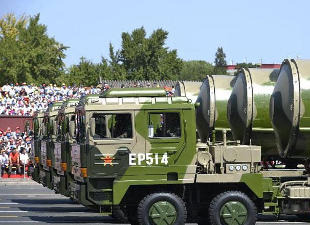 核導彈第一方隊接受檢閱
