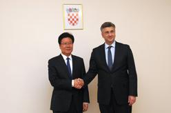 克羅地亞總理會見張春賢