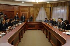 塞爾維亞領導人會見張春賢