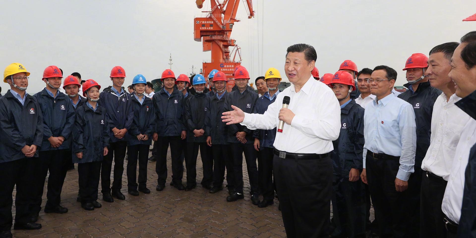 我們常説要想富先修路,在沿海地區要想富也要先建港。