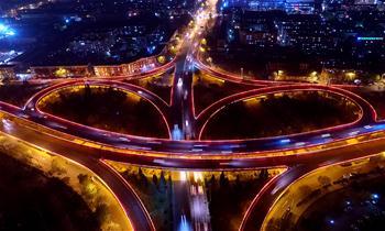 流光溢彩 津夜車橋