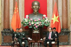 范長龍會見越南國家主席陳大光