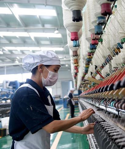 绒毛产业带动贫困旗农牧民就业增收