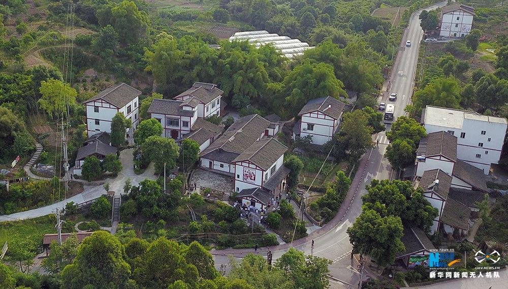 人居環境改造 重慶鄉村顏值氣質雙提升