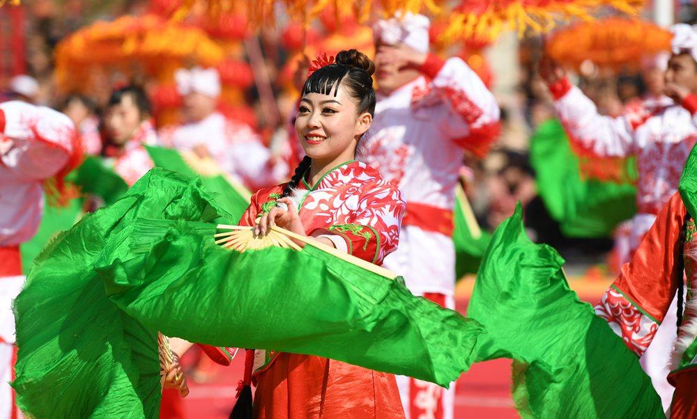 陕西延川:民俗展演闹元宵