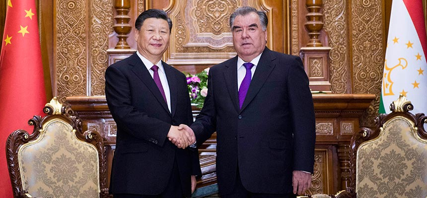 習近平同塔吉克斯坦總統拉赫蒙會談