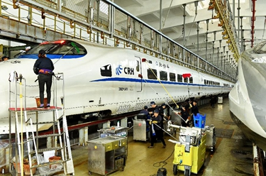 福建铁路部门:保安全 迎春运