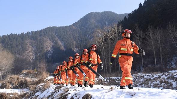【新春走基层】与山林为伴的星火守望者