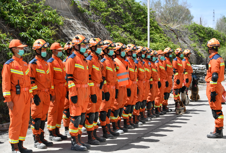 烏魯木齊:實戰演練檢驗地震應急救援能力