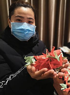"""200只纸鹤的愿望——""""90后""""护士长支援湖北的战""""疫""""记录"""