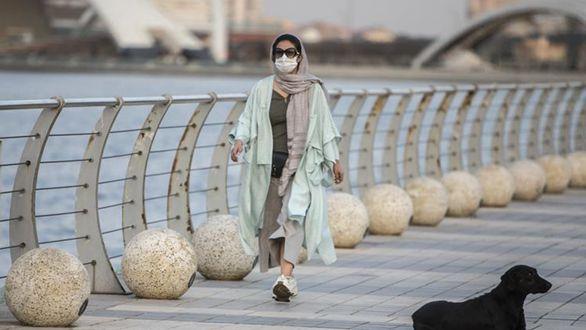 伊朗:佩戴口罩出行