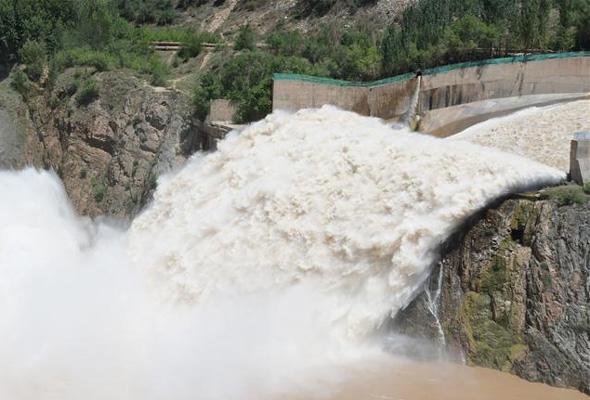 劉家峽水庫加大下泄流量確保安全度汛